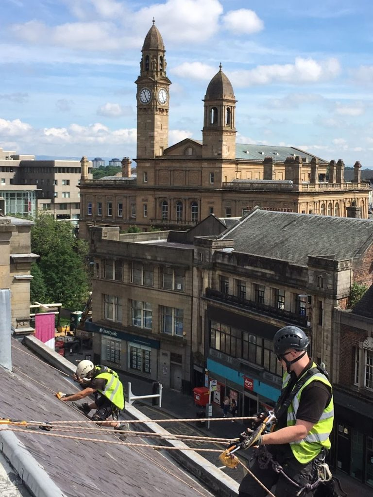 emergency roof repairs glasgow
